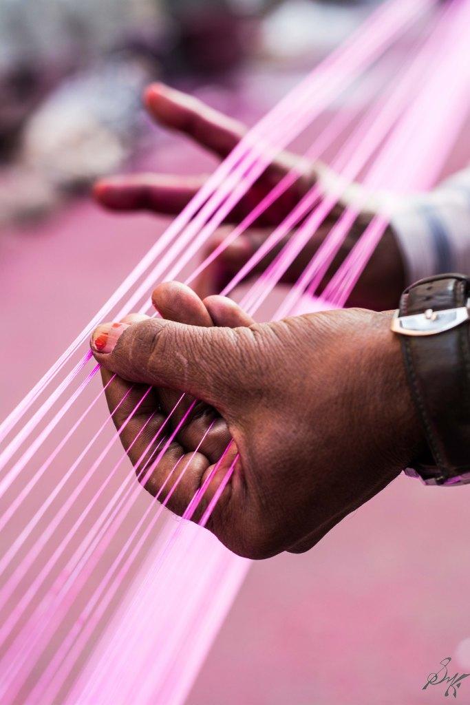 Pink kite strings maanja