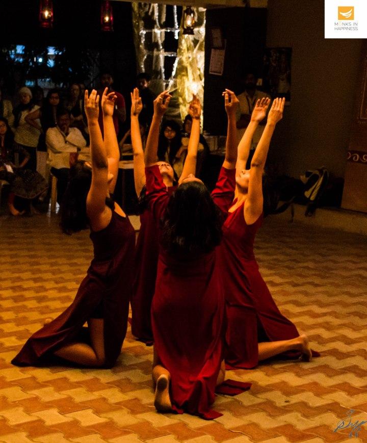 iapar-pune-2016-monks-in-happiness-114-2