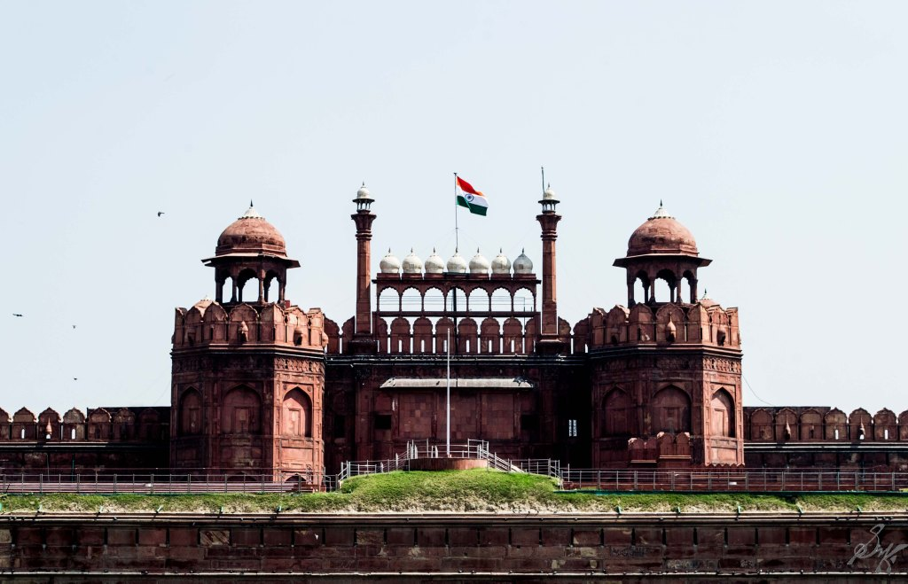 Red Fort, India, Tricolour flying