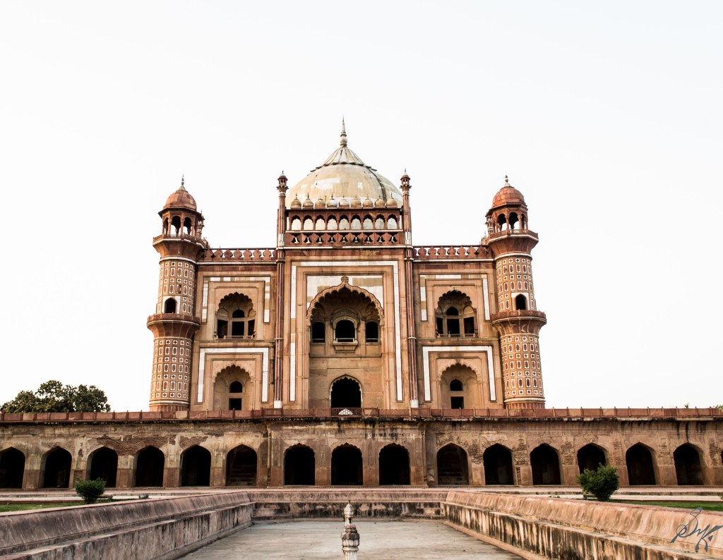 Tomb of Safdarjung, Delhi, India