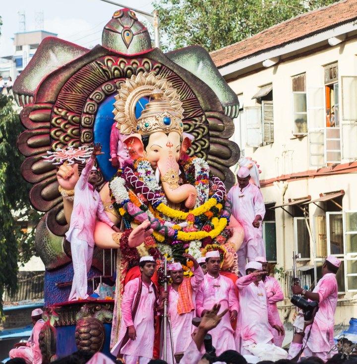 Laalbagh cha Raja making his way to the visarjan