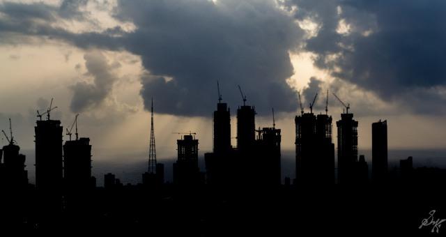 Silhouette of Mumbai Cityscape
