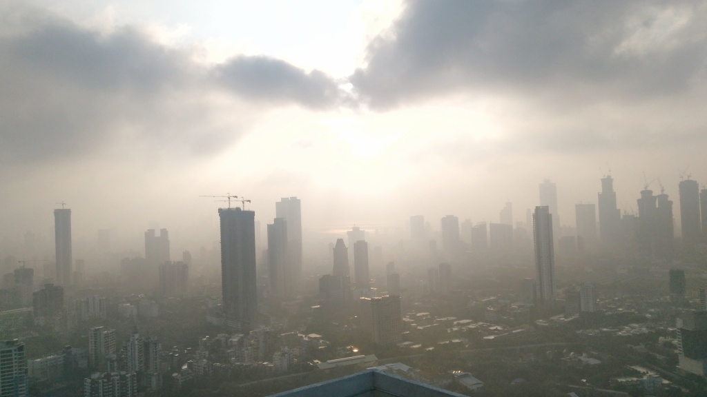Mumbai Skyline, Clouds, Sun