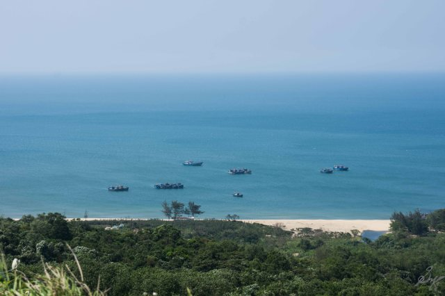 The sea on the eastern shore, boats Vietnam