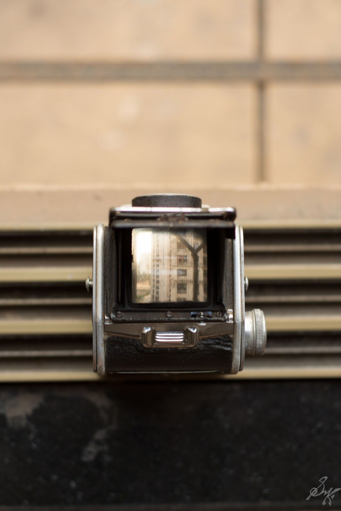 A view through the viewfinder of a TLR camera, Mumbai, India